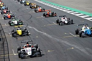 В Renault решили закрыть Еврокубок 2.0 и запустить новую Формулу 3