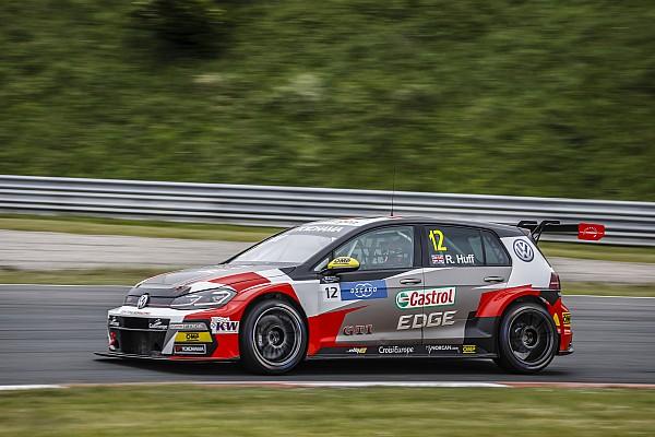 WTCR Crónica de Clasificación Huff se lleva la primera pole en Zandvoort