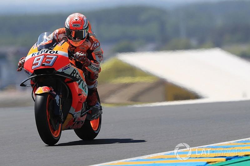 Marquez nyerte a fordulatokban gazdag Francia Nagydíjat Petrucci és Rossi előtt!