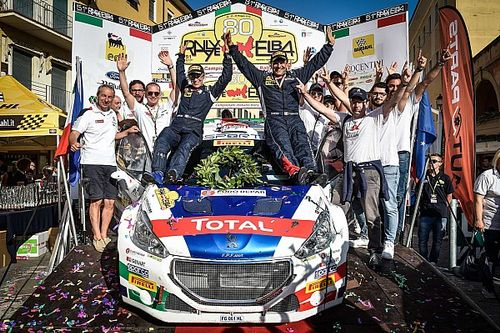 Fotogallery: Paolo Andreucci, Anna Andreussi e Peugeot Sport Italia campioni CIR 2018!