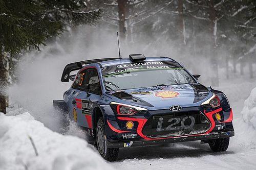 WRC Zweden: Neuville nipt aan de leiding