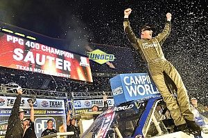 Johnny Sauter grabs fourth Truck win of 2018 at Texas