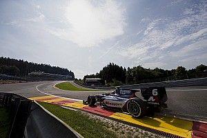 Маркелов вырвал второе место в последнем повороте гонки Ф2