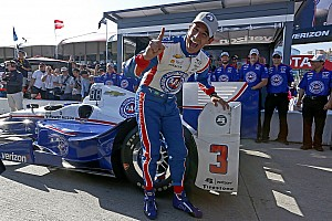 IndyCar Qualifying report Long Beach IndyCar: Castroneves grabs pole, other Penskes falter