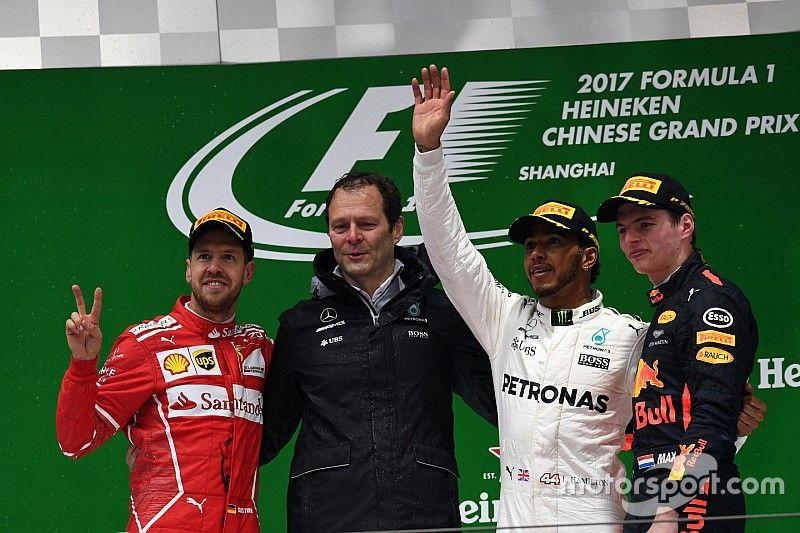 Хэмилтон в пятый раз выиграл Гран При Китая