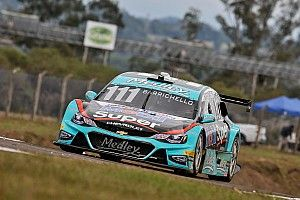 Fraga overcomes rain and Barrichelo wins using strategy in Buenos Aires