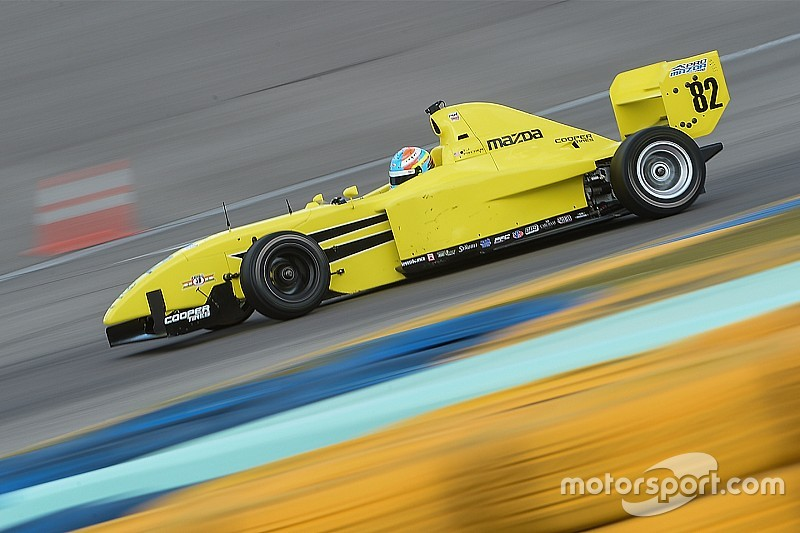 Fischer, Askew top Mazda Road To Indy test on Day 1