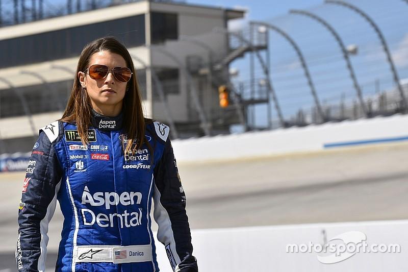 Danica Patrick logró su primer top 10 en NASCAR desde 2015