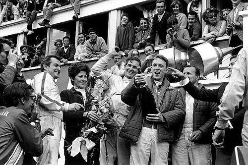 Le Mans: 50 éves a győzelmi pezsgőzés hagyománya