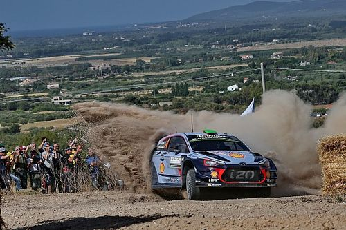 Italy WRC: Paddon takes narrow lead as Meeke crashes