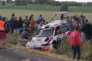 Video: Neuville crasht hard in Rally van Ieper