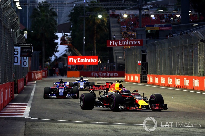 Live: Follow qualifying for the Singapore GP as it happens