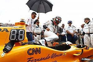 Alonso elige nuevo número para las 500 Millas de Indianápolis 2019