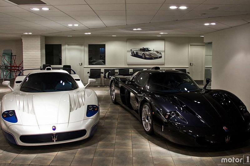 PHOTOS - Deux Maserati MC12 réunies dans la même pièce!