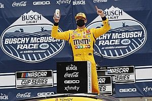 Kyle Busch tops Kevin Harvick in wild Kansas Cup finish