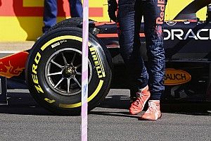 Шины в спринте Ф1 сильно пузырились. Но Вольф всех успокоил