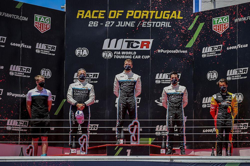 Tassi salva a Honda en Estoril y Urrutia sube al podio