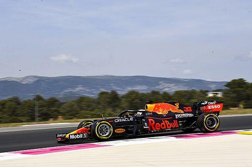 """F1: Verstappen prevê """"batalha apertada"""" com Mercedes e Pérez minimiza TL2: """"Não acho que estou tão ruim"""""""