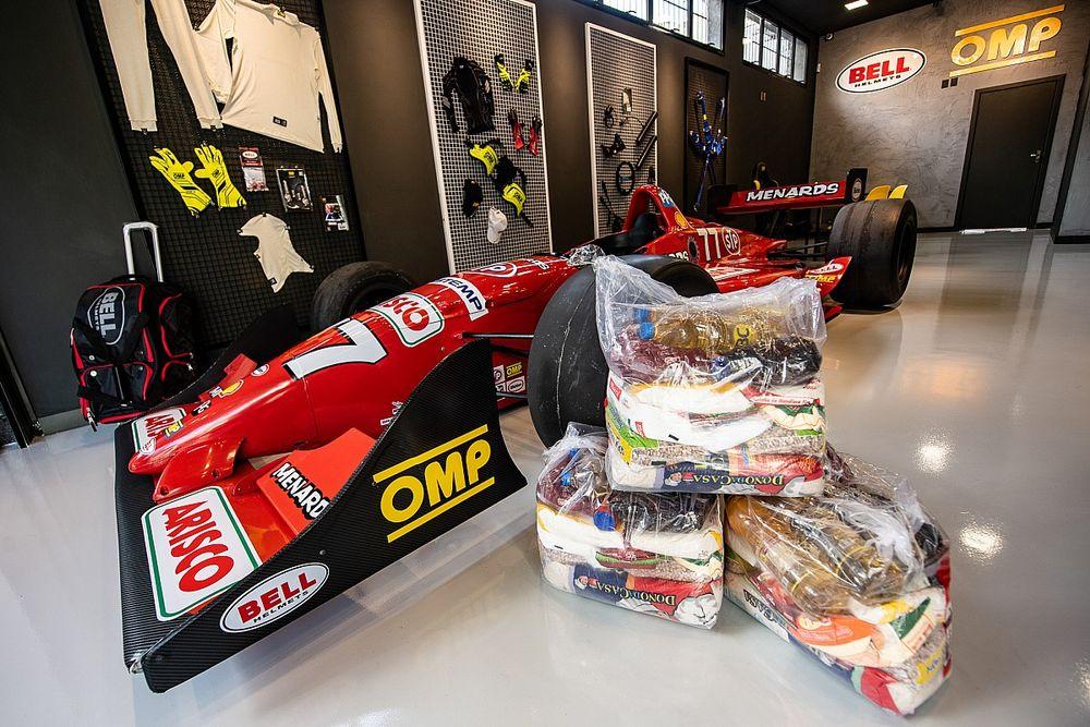 OMP Racing e Bell lançam loja conceito e promovem campanha beneficente de lançamento