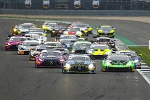 Title rivals come to blows in TOCA supports as British GT visits Silverstone