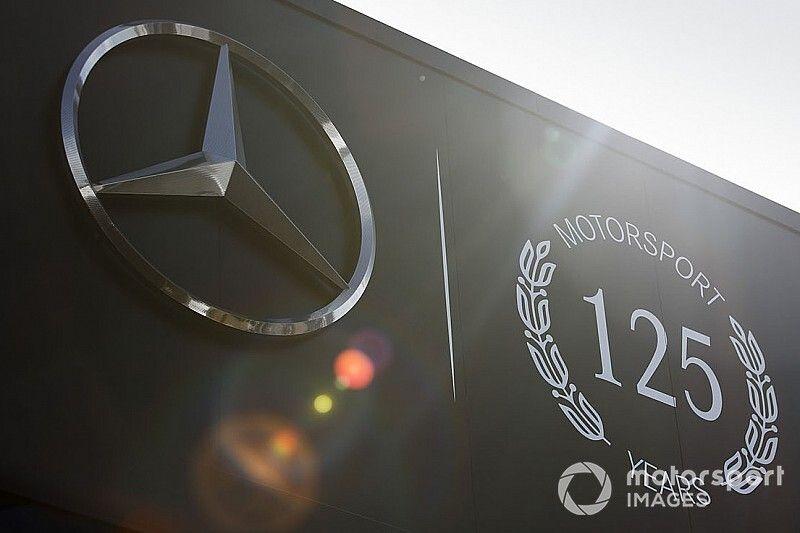 Hamilton, Mercedes dismiss F1 future rumours