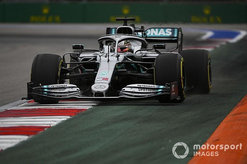 После пятницы в Mercedes захотели дождя на Гран При России