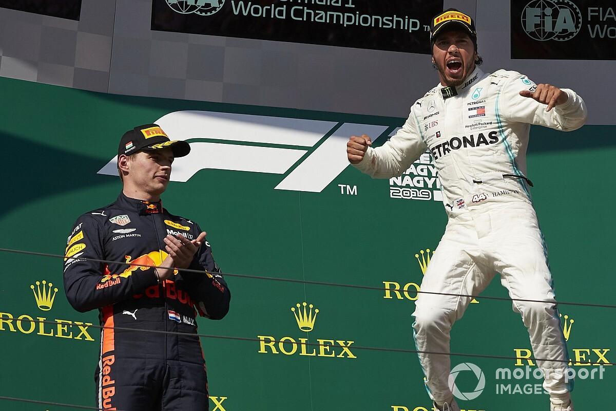 """Verstappen : """"Hamilton n'a pas eu les meilleurs coéquipiers"""""""