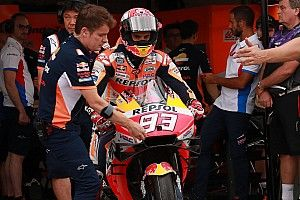 Honda-bazen boos op Marquez na 'veel te riskante' kwalificatie