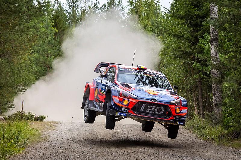 WRC, Rally Finlandia, PS22: Hyundai fa superare Breen da Neuville