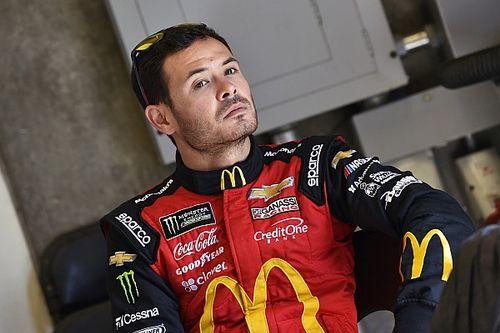 NASCAR y Ganassi suspenden a Larson por insulto racista