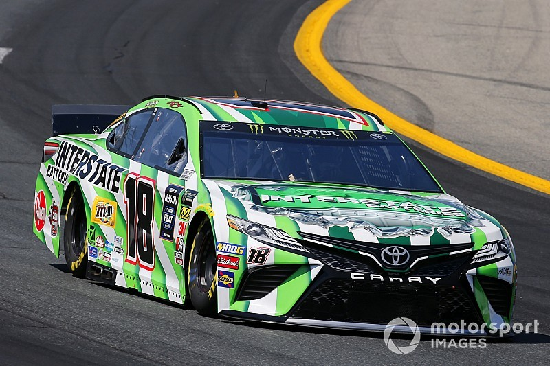 Kyle Busch takes Stage 1 win at New Hampshire