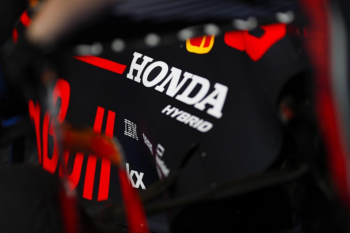 Honda продлила контракт с Red Bull. Но всего на один год