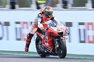 "MotoGP: Rossi elogia estilo ""perfeito"" de pilotagem de seu pupilo Bagnaia"