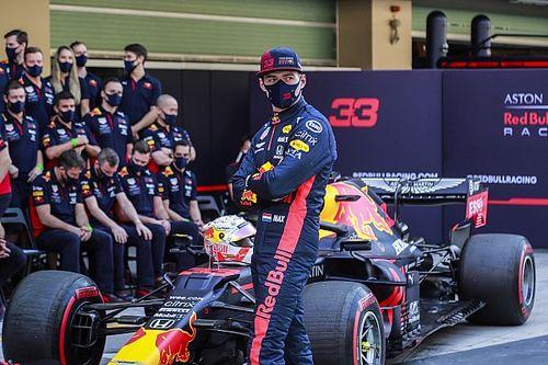 PÓDIO: Verstappen fecha temporada em grande estilo; veja debate sobre os melhores do ano com Felipe Motta e Rico Penteado