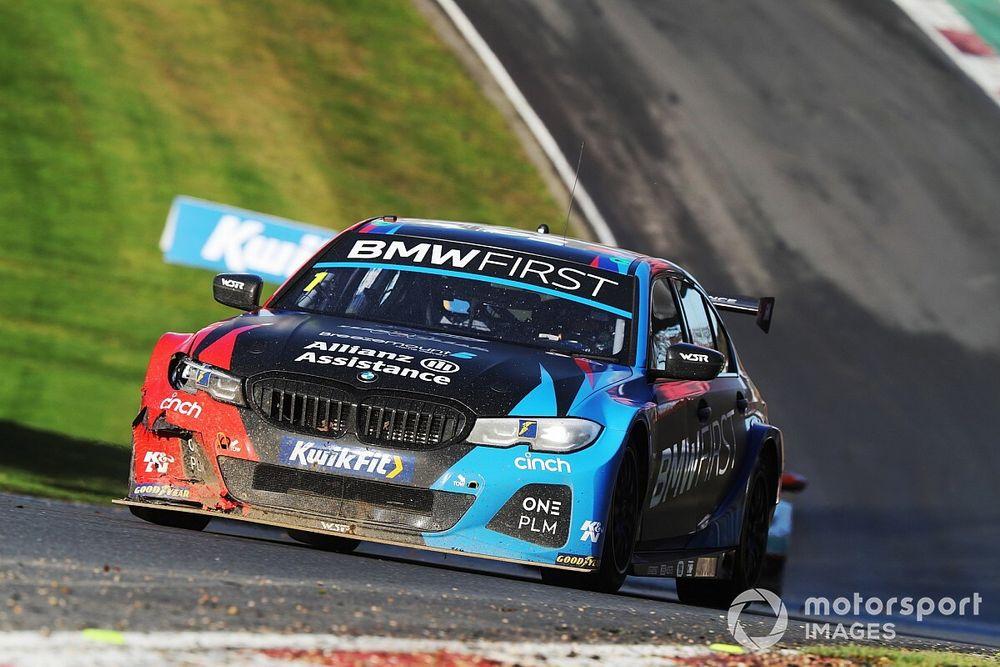 Turkington sticks with WSR BMW for 2021 season