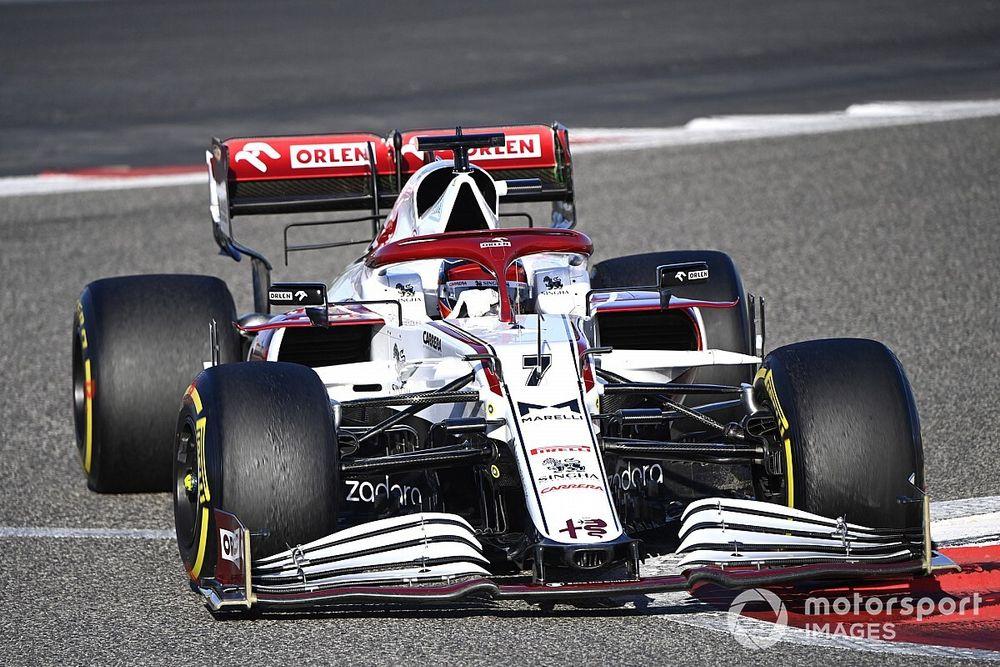Russell: Alfa Romeo fue el equipo más sorprendente en las pruebas