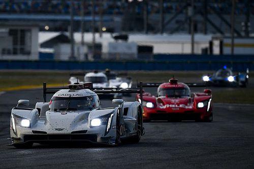 Daytona, 15a Ora: 5 DPi in fila, Corvette a braccetto in GTLM