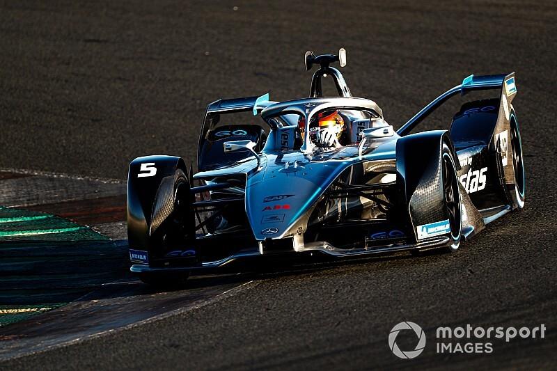 In beeld: De eerste testdag van de Formule E in Valencia