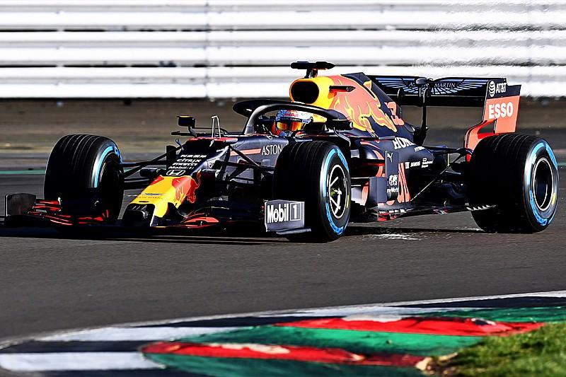 Tecnica Red Bull: passo più lungo e muso estremo