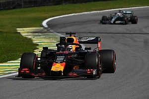 Red Bull pide a Mercedes que acepten las parrillas invertidas