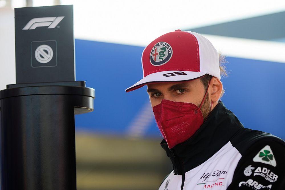 Alfa Romeo 2022 : Giovinazzi patiente, Kubica n'y croit pas
