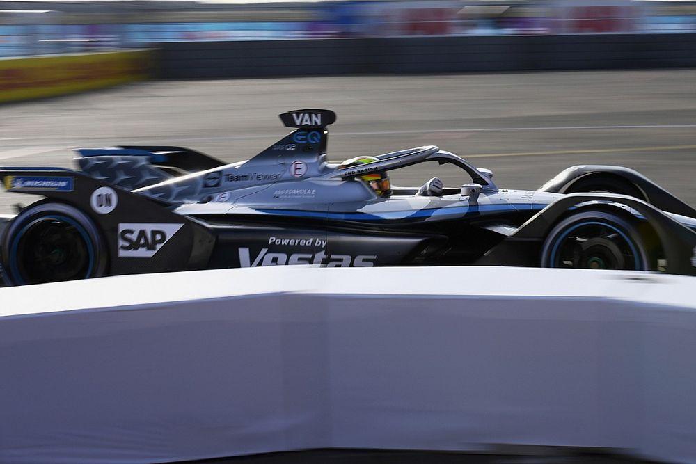 Воскресную гонку Формулы Е в Берлине с поула начнет Вандорн