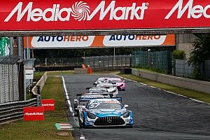 Van der Linde says Mercedes DTM drivers were playing 'games'