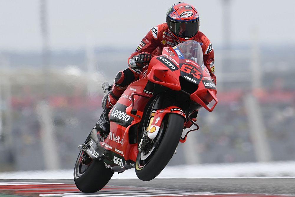 Valentino Rossi Puji Cara Francesco Bagnaia Kendarai Ducati