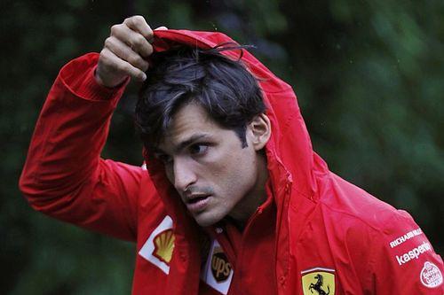 """F1 - Sainz: """"Nos criticam de casa por não correr nessas condições como há 20 anos... é idiotice"""""""