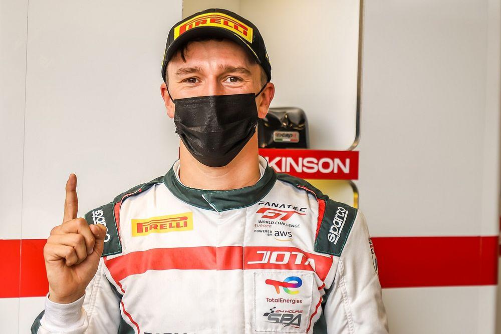 Brands Hatch GTWCE: McLaren driver Barnicoat bags pole for Jota