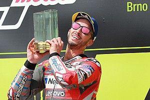 MotoGP Brno: Dovizioso wint titanenstrijd, Lorenzo zorgt voor Ducati 1-2
