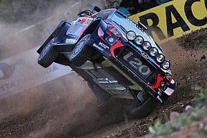 Neuville suffers roll during Rally Spain shakedown