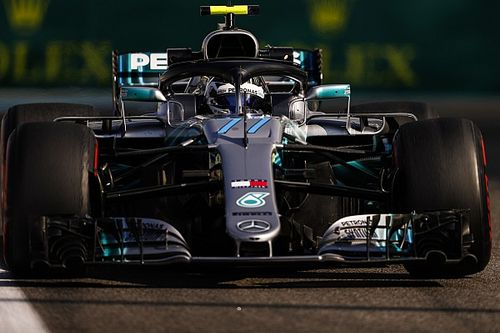 Bottas blijft Verstappen nipt voor in tweede training Abu Dhabi