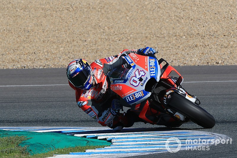 "Dovizioso in ""big pain"" after Jerez test crash"